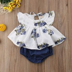 Other - 🆕Baby Girl Floral Top with Diaper Cover Bottom